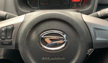 DAIHATSU AYLA R DELUXE AT 2017 full